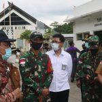 "Dansatgas"" Satgas Yonif 642/Kps Menjaga Keamanan Perbatasan RI – Malaysia"